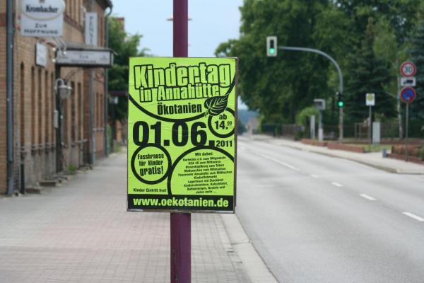 DIN A0 Plakate in Österreich Verteilen günstig online kaufen bei McPoster.com